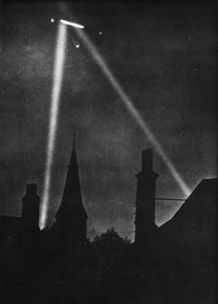 First Zeppelin air raid on London, during World War I 1915