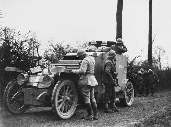 French Armoured car supporting British troops in Meteren during the Battle of the Lys, World War I