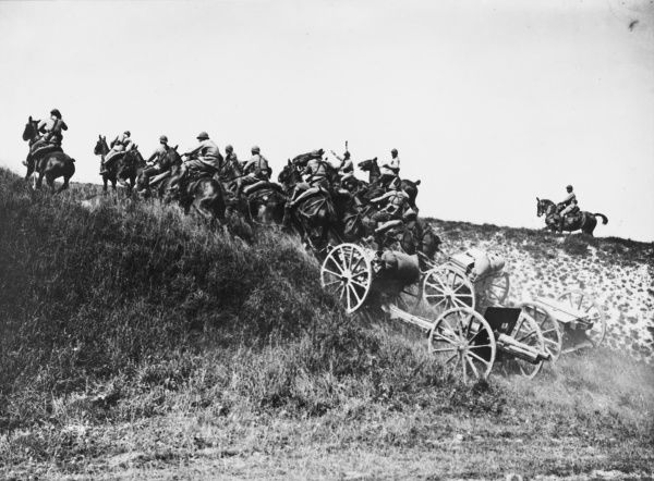 French artillery battery, Costa, on the French front during World War I in 1916