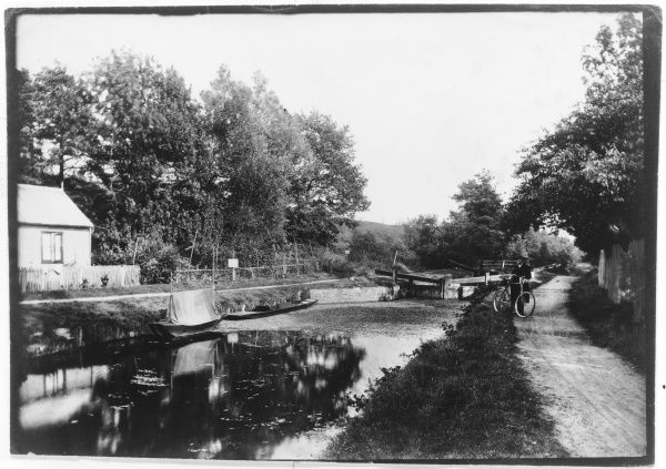The Basingstoke Canal Frimley Green Surrey