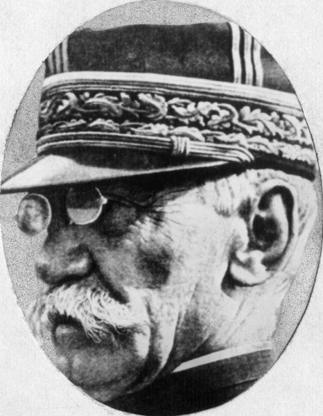 General Joseph Simon Gallieni (1849-1916), French Army officer and administrator. He served in the Franco-Prussian War and the First World War. Date: 1914-1916