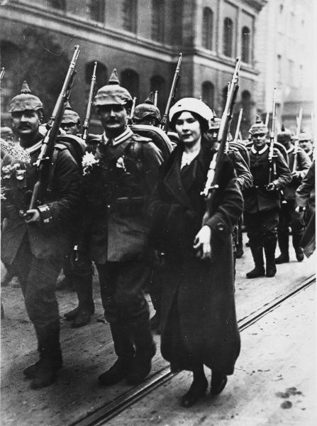 German Reservists of the 4th Infantry Grand Regiment on their way to the station in Berlin, Germany during World War I
