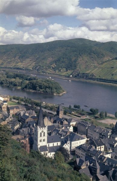 The picturesque town of Bacharach, Rhineland- Palatinate, on the west bank of the River Rhine, 30 miles south of Koblenz, Germany. Date: 1967