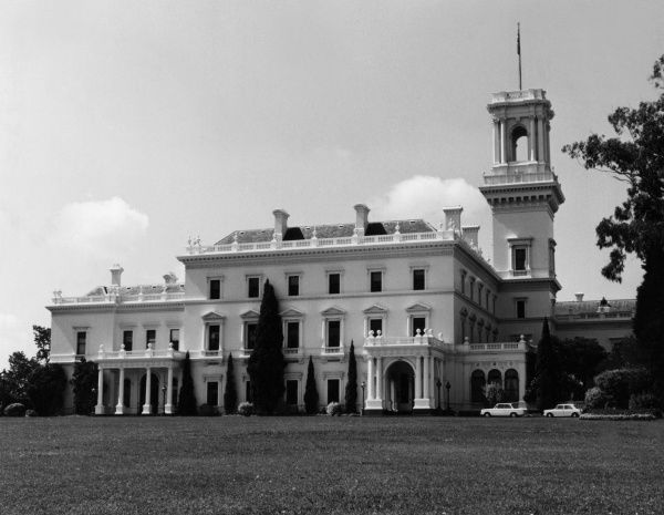 Government House, the home of the Governor of Victoria, Melbourne, Australia. Date: 1960s