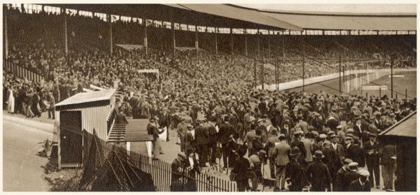 A typical crowd at an unidentified greyhound stadium in London in 1936. During the 1930s, an average of 25 million people passed through the turnstiles of the fifty-two licensed tracks in Britain during a year