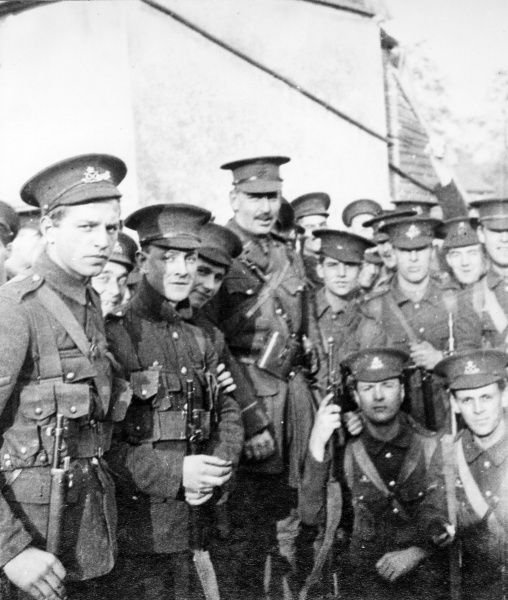 An informal group photo of British soldiers during the First World War. Date: 1914-1918