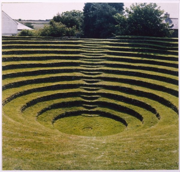 METHODISM Gwennap Pit, Cornwall, where John Wesley preached to massive congregations