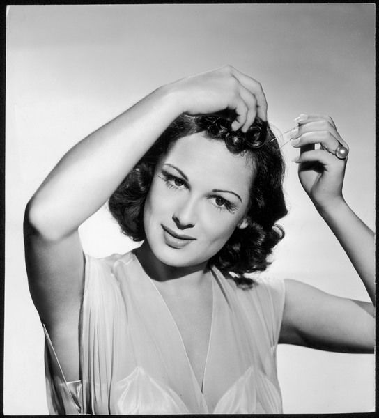 1940s hairstyle how to. images authentic 1940s hairstyle 1940s hairstyles. 1940s hairstyles