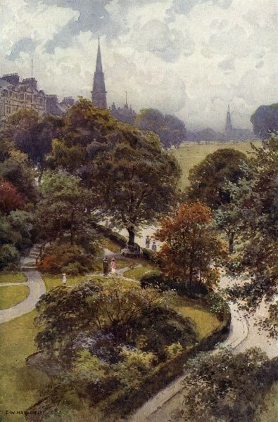 A bird's eye view of The Stray, a common in the middle of this Yorkshire spa town. Date: circa 1909