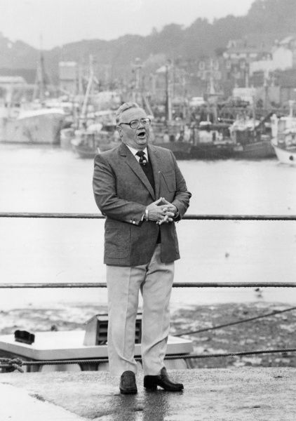 Sir Harry Donald Secombe (1921-2001), Welsh entertainer and comedian with a fine tenor singing voice