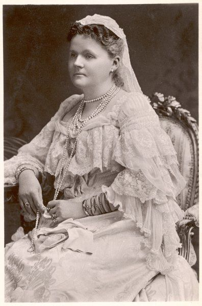 HELEN, DUCHESS OF ALBANY Wife of Leopold, Victoria's 4th son