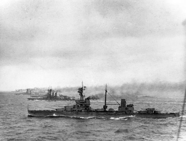 HMS Agincourt, British dreadnought battleship, launched 1913, served during the First World War including the Battle of Jutland, decommissioned 1921. Seen here at sea with 4th Battle Squadron. Date: 1914-1918