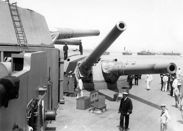 HMS Queen Elizabeth, British dreadnought battleship, launched 1913, served during the First and Second World Wars, decommissioned 1948. Seen here at Mudros in the Dardanelles during the Gallipoli Campaign, with guns pointing in different directions