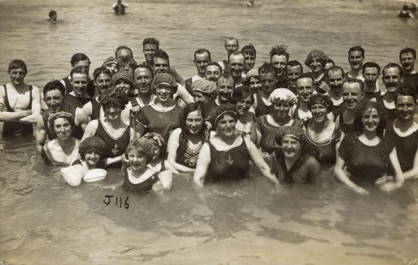 Holidaymakers in the sea at Margate, Kent Date: circa 1910s