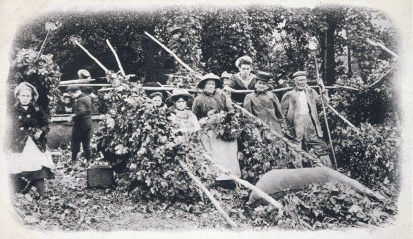 A group of Kentish hop pickers