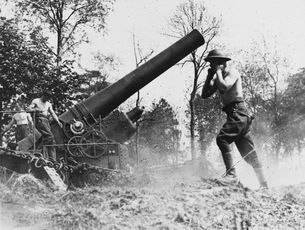 A 12 inch Howitzer gun firing at Louez on the Western Front in France during World War I in May 1918