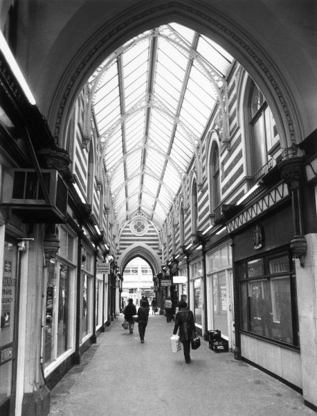 A rather tawdry shopping arcade in Kingston-upon-Hull, Humberside, Yorkshire, England. Date: circa 1980
