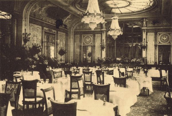 The interior of Ciro's restaurant, Rue Daunou, Paris Date: 1920s