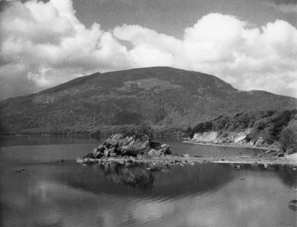 The Colleen Bawn Rock, Killarney, County Kerry, Ireland. Date: 1930s