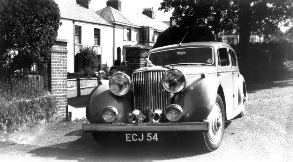 A magnificent Jaguar 3.5 Litre 4-door Saloon