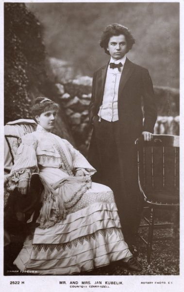 Jan Kubelik (1880-1940) was a Czech violinist and composer. He married Countess Anna Julie Marie Szell von Bessenyo (1880-?) in 1903 and they had eight children, including five violinist daughters! Date: 1906