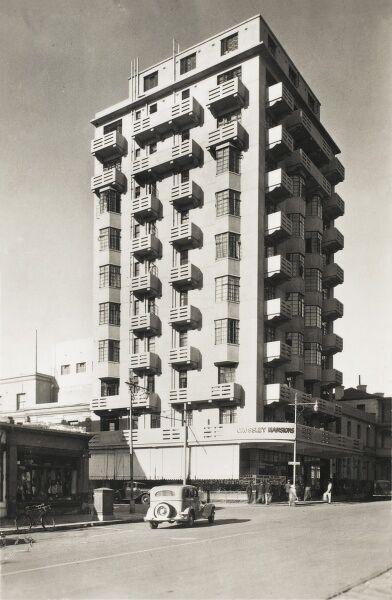 Crossley Mansions, Johannesburg - built in the Modernist style for the Empire Exhibition of 1936