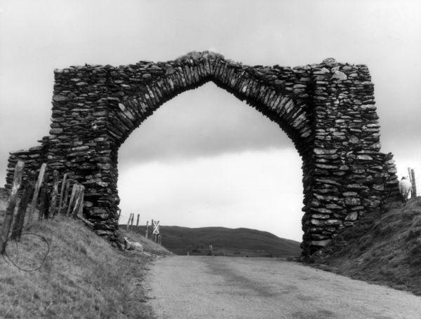 Jubilee Arch, spanning the Old Coach Road from Rhayader to Devil' Bridge, Radnorshire, Wales, was erected by Thomas Johnes to commemorate George III's Golden (50th) Jubilee. Date: 1810