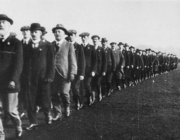 Men of Kitchener's Army, the new volunteer recruits enlisted at the request of Kitchener during World War I in 1915