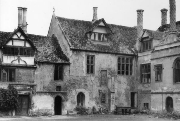 The Tudor stable courtyard of Lacock Abbey, Wiltshire, founded in the early 13th century by Ela, Countess of Salisbury as an Augustinian monastery. Date: 16th century