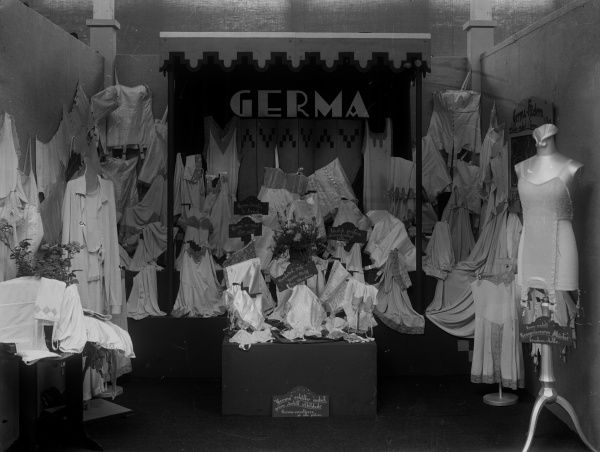 Exhibition of lingerie from Germa Co. Landskrona 1929. Date: 1929