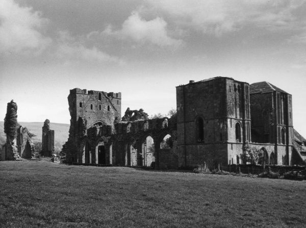 Llanthony Abbey, an Augustinian Priory, originally founded in the early 12th century, a fine example of Norman and early English architecture. Date: 12th century