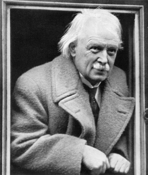 DAVID LLOYD GEORGE Ex-Prime Minister campaigning for Free Trade in 1923