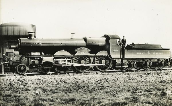 Locomotive no 4023 King George 4-6-0 engine Date