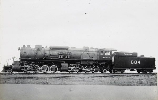 Locomotive no 604 2-8-8-2 Date