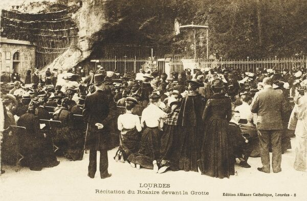 Lourdes - Recitation of the rosary at the Grotto