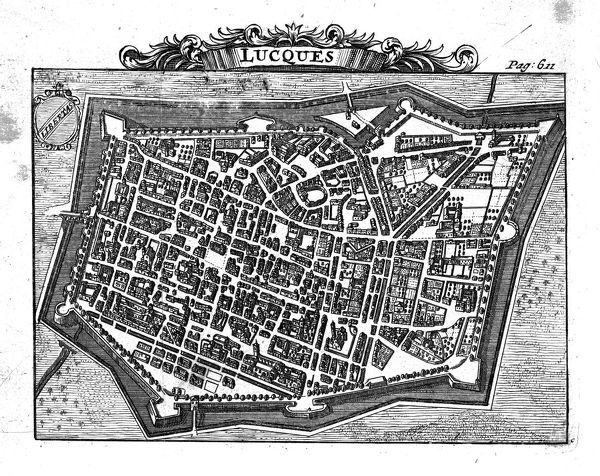 A bird's-eye view town of Lucca in Tuscany showing the fortified walls and street plan