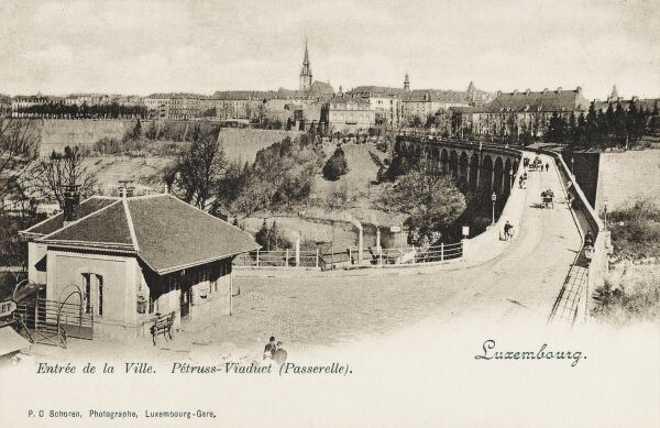 Luxembourg - Passarelle Viaduct and Town entrance