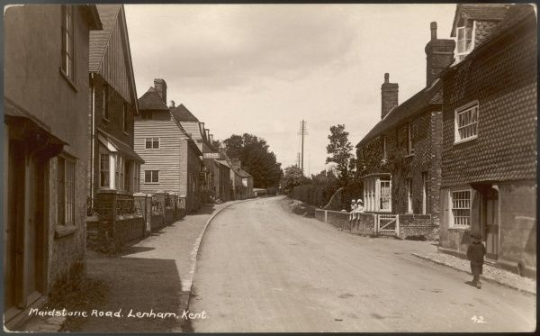LENHAM, KENT, ENGLAND. Maidstone Road, Lenham, Kent. A main thoroughfare into the village, little changed today