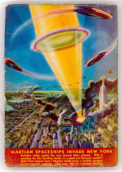 Martian raiders 'using a terrible weapon of concentrated sunlight' attack the city of New York