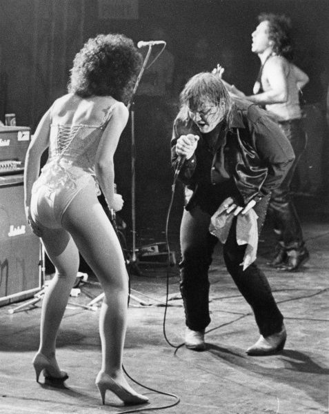 Meat Loaf - Michael Lee Aday (born Marvin Lee Aday on September 27, 1947), American rock musician and Actor performing at the Penwith Rock Festival in 1983 (Chuck Berry, 10CC and Aswad also appeared on the bill!)