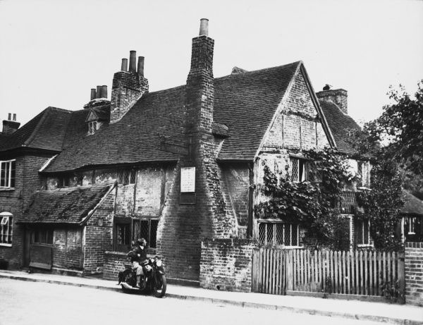 JOHN MILTON This small cottage, in Chalfont St. Giles, Buckinghamshire, England, was home to John Milton during the Great Plague of 1665