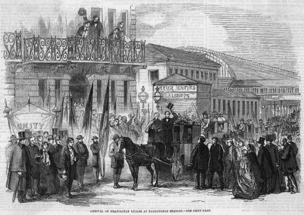 The English are supportive of Italy united and free, so exiles forced to leave Naples are welcomed enthusiastically at Paddington station, London