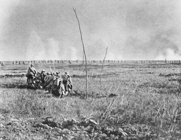 French troops attacking during the Nivelle Offensive in World War I