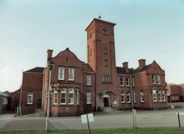 The administrative block of the Nottingham Union Workhouse at Bagthorpe, opened in 1903. The site later became Nottingham City Hospital. Date: 2000
