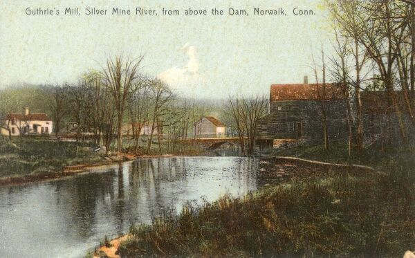 Nowalk, Connecticut, USA - Guthrie's Mill, Silver Mine River viewed from above the dam. Date: circa 1909