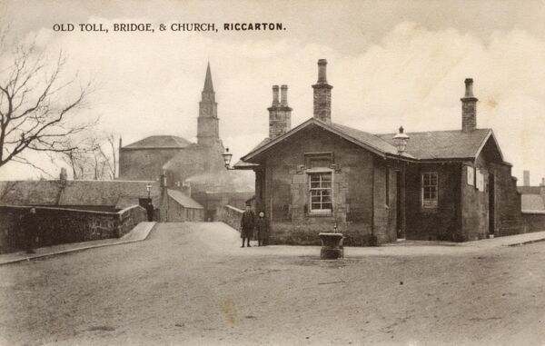 Old Toll House, Bridge (over the River Irvine) and Church - Riccarton, Ayrshire, Scotland. Date: circa 1910s