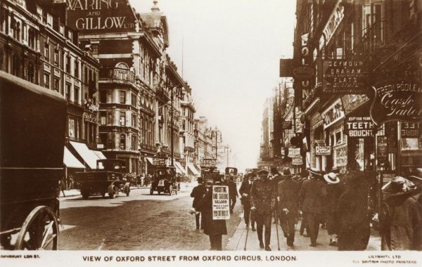 Looking east from Oxford Circus : Waring & Gillow's department store is on the left. Date: circa 1925