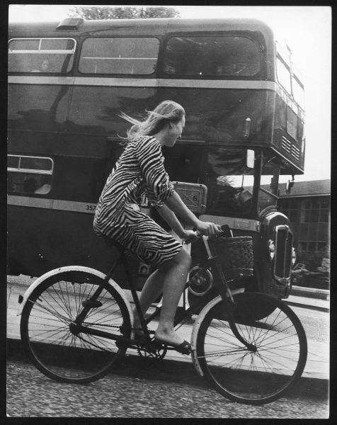 An Oxford student on her bike
