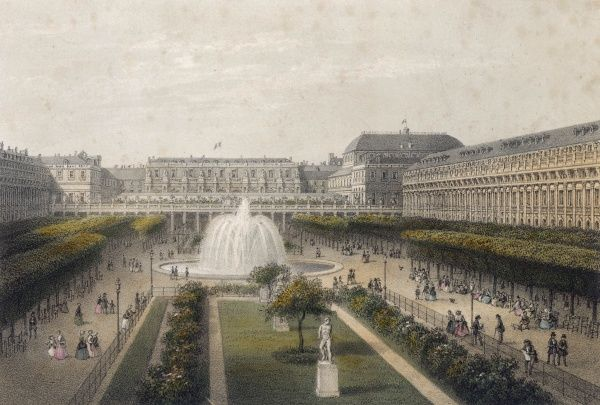 The gardens of le Palais Royal are a favourite meeting place for Parisians of all social levels