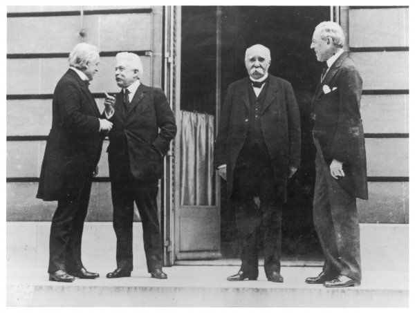 """The Big Four"" at the peace talks: (l-r) Lloyd George, Vittorio Orlando, Georges Clemenceau and Woodrow Wilson Date: 1919"